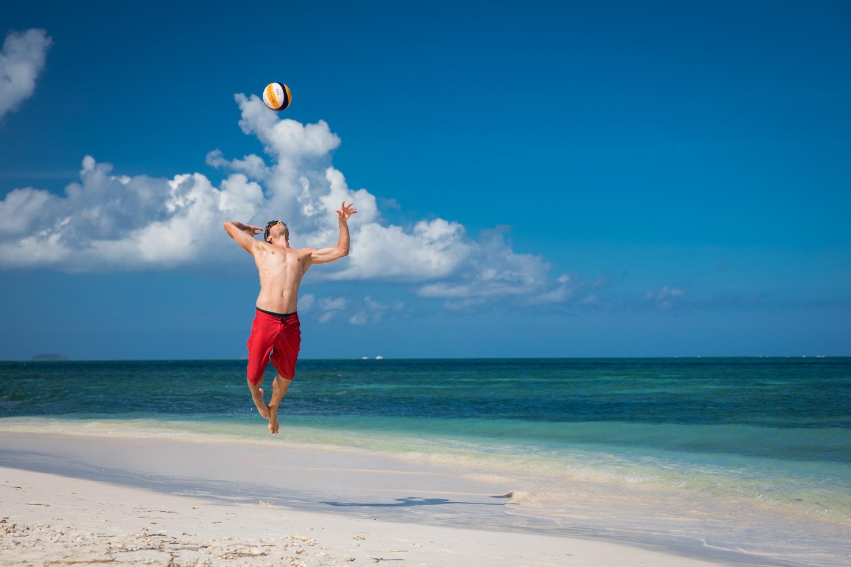 Beachvolleyball am Strand