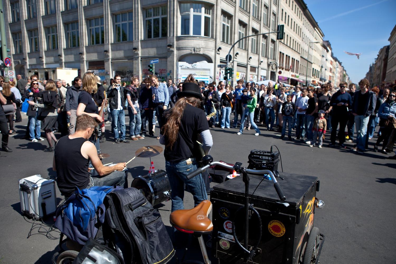 Myfest in Berlin Kreuzberg am 1. Mai 2011